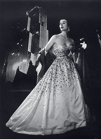 Balmain Gown 1953. Photo: Philippe Pottier