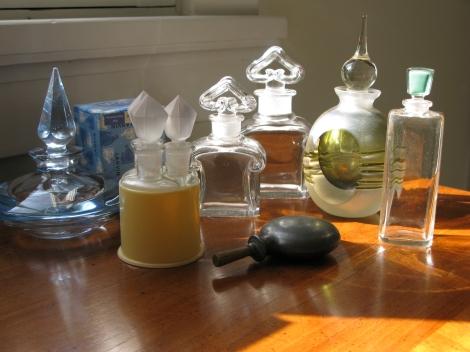 KT-vintage-perfume-bottles Kathleen Tessaro The Perfume Collector