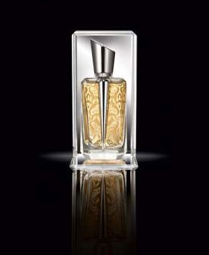 Yasmin interpreted by perfumer daphn bugey the for Thierry mugler mirror mirror collection miroir des majestes