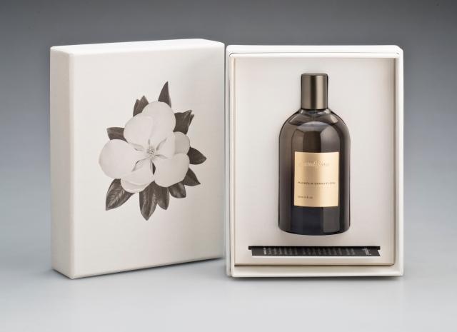 Magnolia Grandiflora Packaging