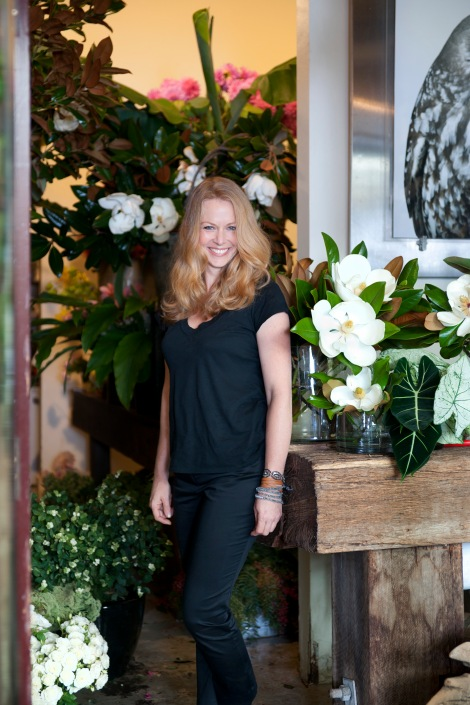 Saskia outside Grandiflora, her atelier in Potts Point, Sydney.