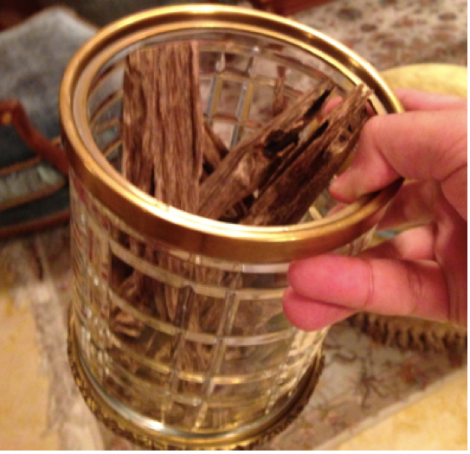 Oud Wood العود Agarwood The Fragrant Man